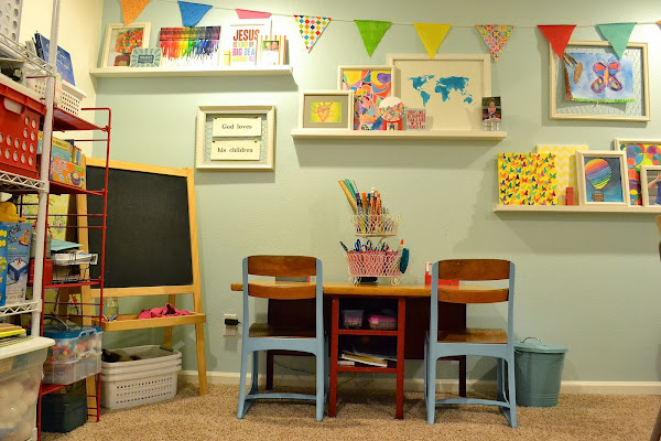 vintage homeschool room/craft room/play room | Back to School: Coolest Learning Spaces