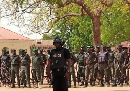 Police nab four suspected armed robbers, kidnappers in Yobe