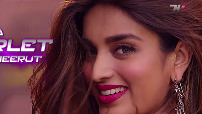 Nidhhi Agerwal Cute Smile HD Wallpaper