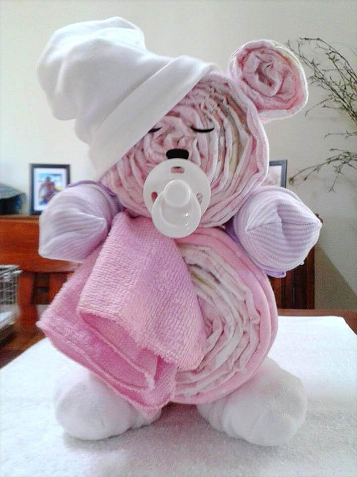 bolo de fraldas-bolo de cha de bebe-bolo fralda-modelos de fraldas-decoracao cha de bebe-bolos decorados cha- fralda-cha de bebe-pacote de fralda-gravidez-gestação-maternidade-recem-nascido-bebê recém nascido-baby diaper cake-baby diaper diaper-enxoval de bebe