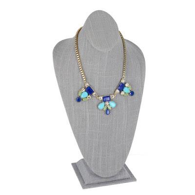 #181N (N21) Burlap Linen Necklace Display