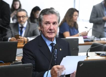 PF diz que Collor desviou recursos da Petrobras e da Caixa, entre 2010 e 2016