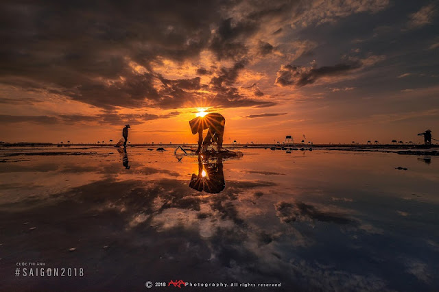Beautiful moments of sunrise and sunset throughout Vietnam 7