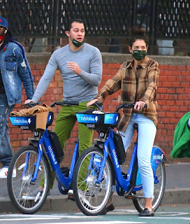 katie holmes riding electric citi bike in the lower manhattan ny 10 20 2020 2