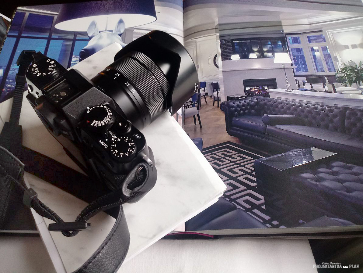Fotografia wnętrz / aparat i obiektyw szerokokątny