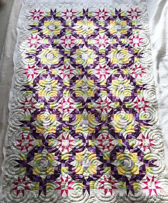 'En Provence' Bonnie Hunter 2016 Mystery Quilt made by Catherine