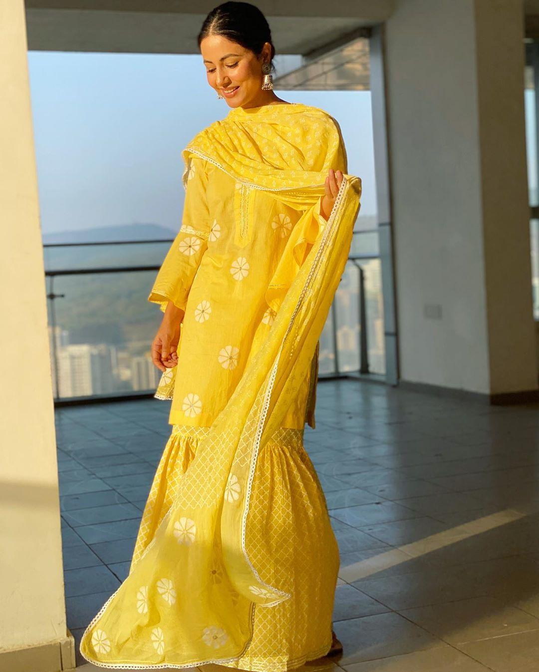 hina-khan-rocky-jaiswal-love-story