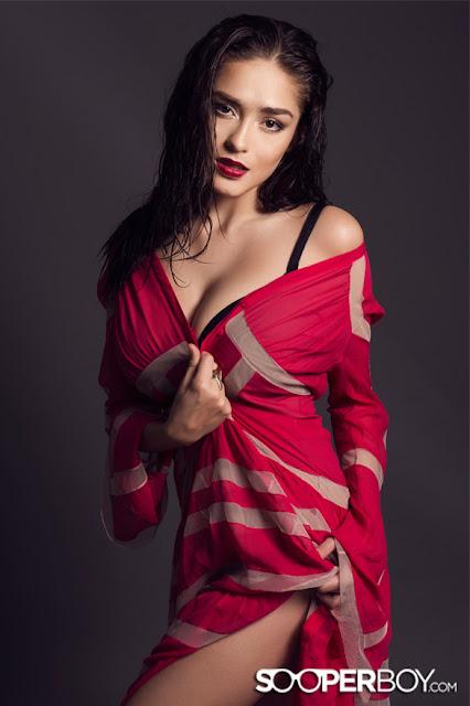 Foto-Foto HOT dan Seksi Yasmine Wildblood
