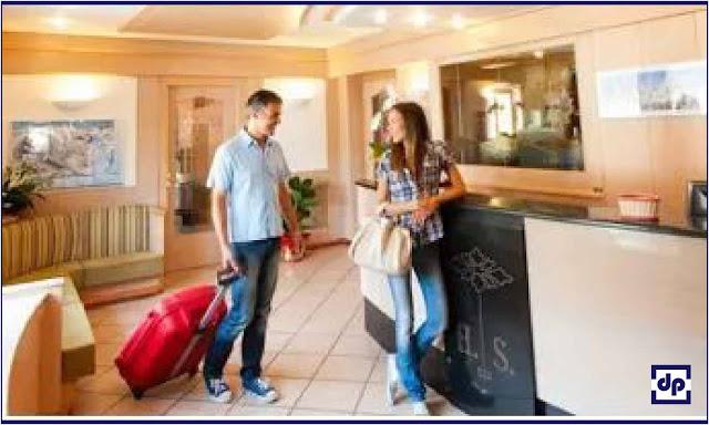tipe-tipe tamu dan cara penanganannya. tipe tipe tamu yang menginap di hotel. karakteristik tamu hotel. jenis-jenis tamu hotel. tipe dan karakter tamu hotel. jelaskan tiga tipe tamu berdasarkan fungsi psikis
