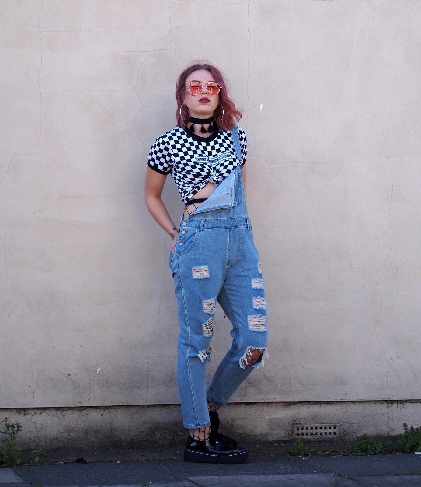 london street style, how to style fishnets,uk fashion blogger, grunge outfits, grunge blogger, uk fashion blogger, street style blogger, london fashion blogger