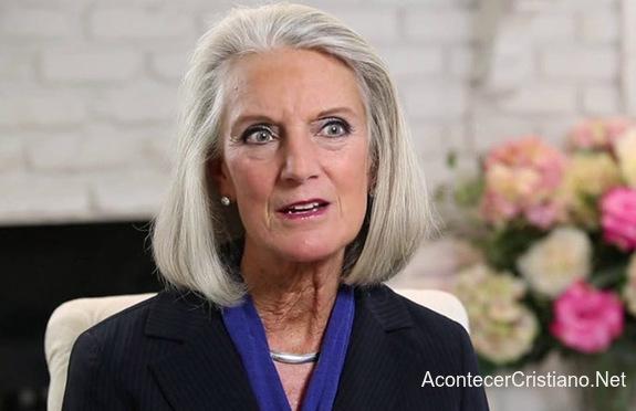 Anne Graham anuncia que tiene cáncer