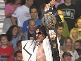 WCW Bash at the Beach - Juventud Guerrera lifts the cruiserweight title