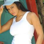 Andrea Rincon, Selena Spice Galeria 33: Gorra Azul, Cachetero Azul Foto 55
