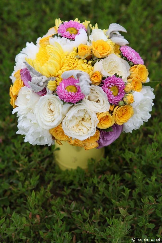 букет из желтых хризантем фото
