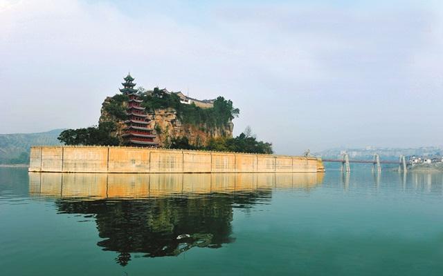 วัดสือเป่าไจ้ (Shibaozhai Temple) @ www.chongqing-guide.com