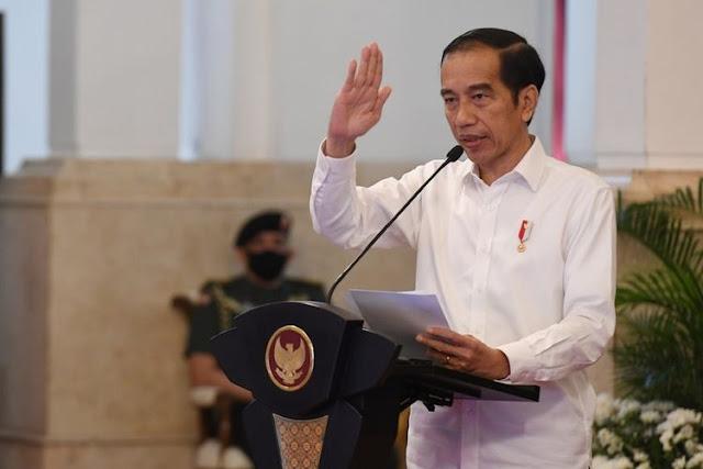 Jokowi Ajak Umat Islam Berbagi Saat Pandemi: Perbanyak Infak dan Sedekah