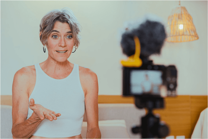 How To Choose the Right Vlogging Camera?