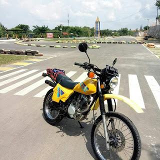 Jual Trail Retro Suzuki TS Sungguh Terlalu
