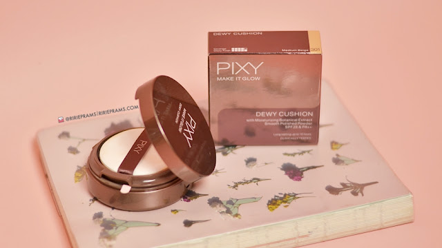 review PIXY Make It Glow Cushion 301 - Medium Beige - beauty blogger indonesia - ririeprams
