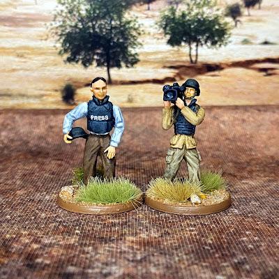 28mm Empress journalist miniatures