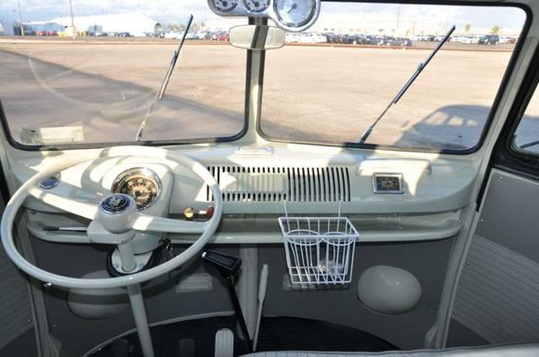 1966 Volkswagen Bus 13 Window Vw Bus Wagon