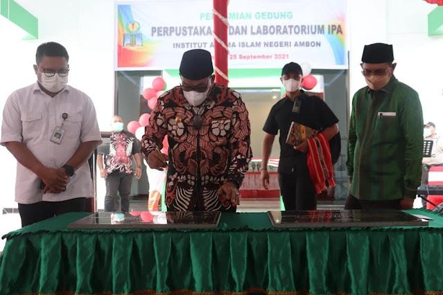 Murad Ismail Resmikan Gedung Perpustakaan dan Lab MIPA IAIN Ambon