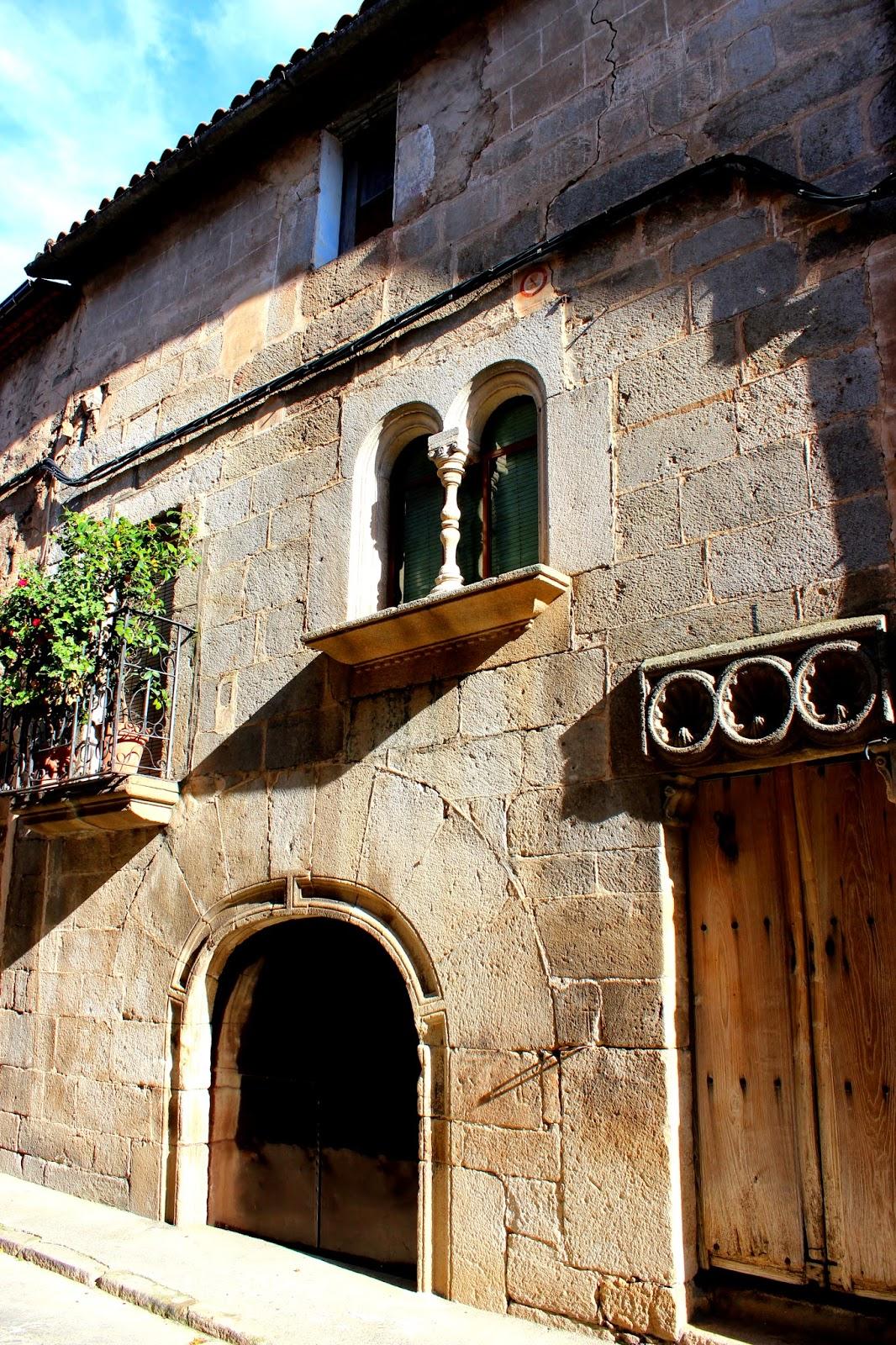 Edificios históricos en Hoyos