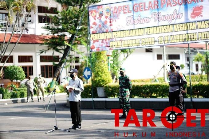 Tindaklanjuti Kebijakan Presiden, Bupati Haryanto Pimpin Apel PPKM Darurat