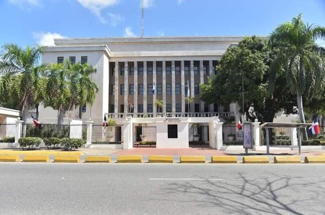 El MINERD paga RD$45,592,384.29 por licencia pre y post natal
