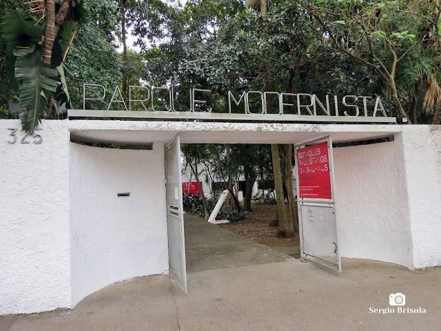 Vista da Entrada do Parque Modernista na Vila Mariana - São Paulo
