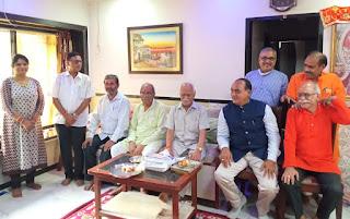 भायंदर में गणपति बप्पा के दरबार में कवि सम्मेलन संपन्न | #NayaSaberaNetwork