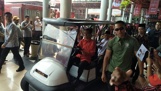 KPU Wajib Ungkap Sumbangan Dana Golfer untuk Jokowi-Ma'ruf