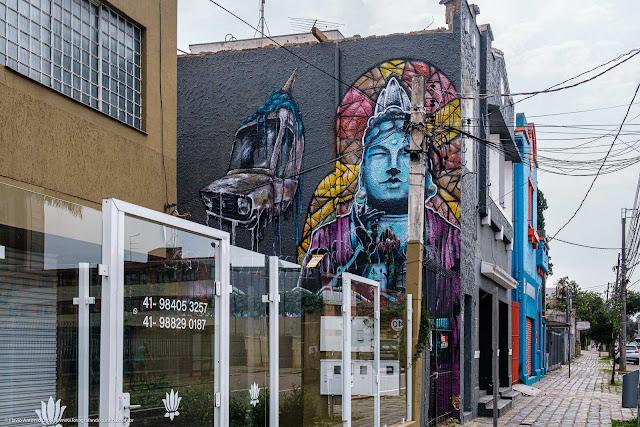 Dois grafites na Mateus Leme