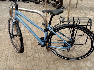 Stolen Bicycle - Ridgeback Velocity disc