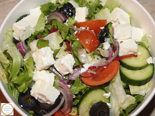 Salata greceasca kfc reteta,