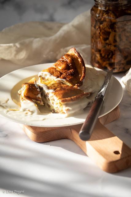 ricetta della frittata con finferli e formaggio filante