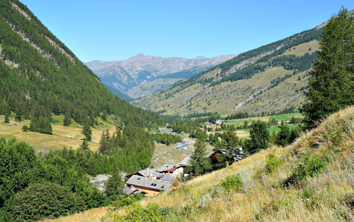Ristolas seen from trail to Col Lacroix