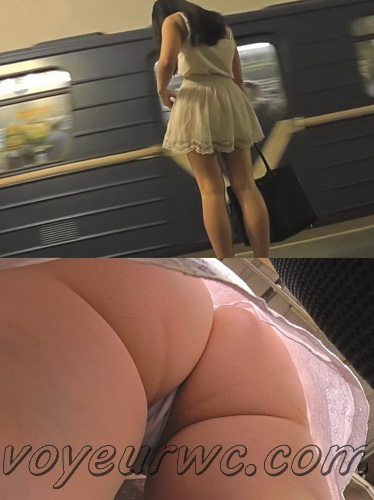 Upskirt video features a sexy girls on a bus. Video film filled with erotic upskirts (100Upskirt 5801-5847)