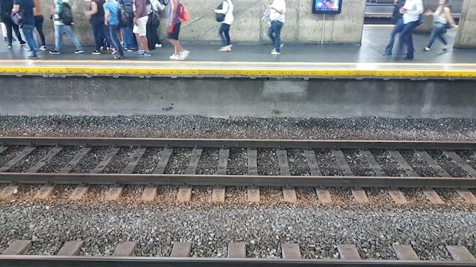NOVIDADE: Estação Palmeiras-Barra Funda da CPTM recebe borrachões para reduzir o vão entre o trem e a plataforma; confira