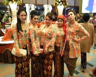 model baju batik keluarga atasan