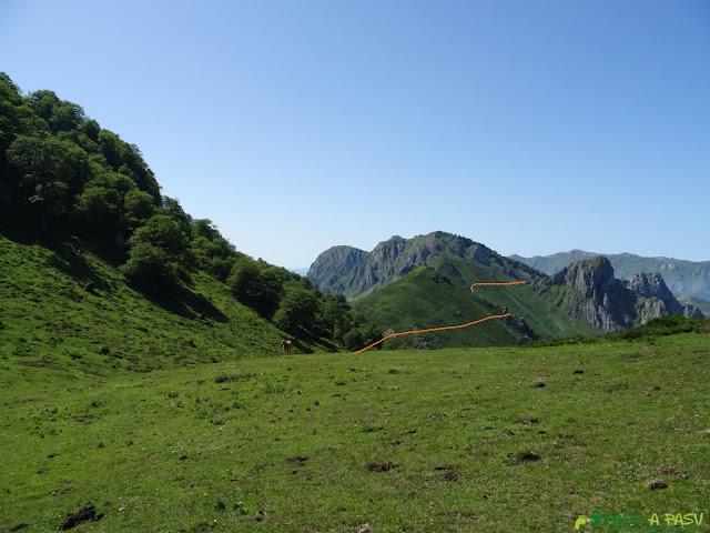 Collado Galabín, Peñamellera Alta