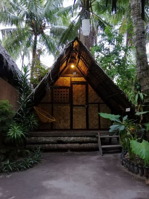 Family vacation in a native hut in Siargao Island
