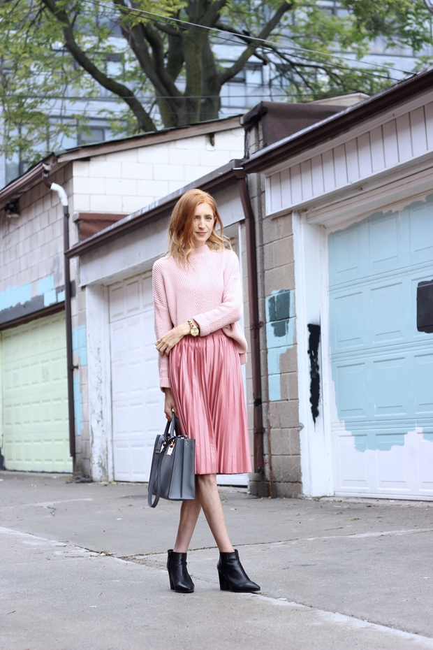 Pastels & Pastries Fall fashion, Pink on pink, midi skirt and knit sweater, Sophie Hulme tote