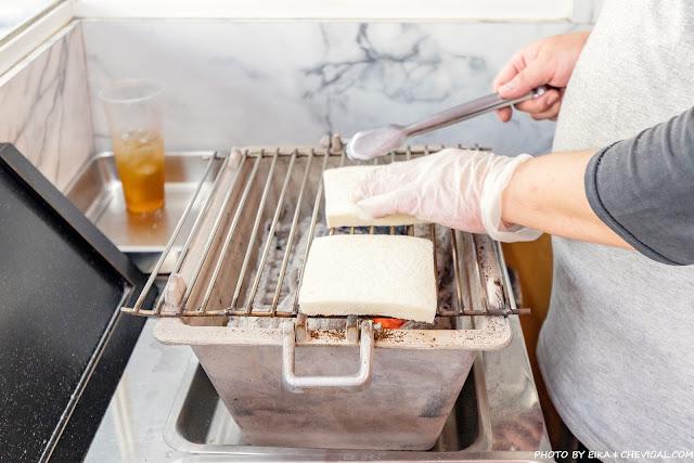 MG 7260 - 熱血採訪│台中人氣炭烤吐司,多達18種口味任你挑!還有18款酥皮蛋餅,連日式炸蝦都被包進來啦!