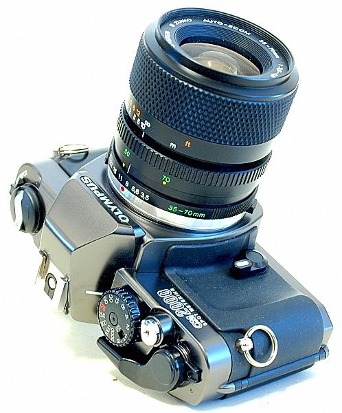 Olympus OM-2000, S Zuiko Auto-Zoom 35-70mm f/1:3.5~4.5