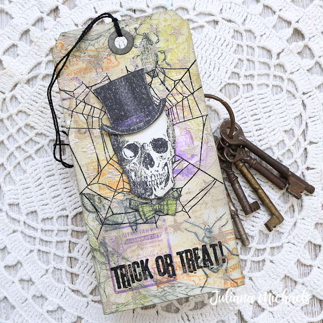 Trick or Treat Halloween Tag featuring Stamp and Smear Background Technique with Distress Oxide Inks. Products used include Tim Holtz Stampers Anonymous stamps and Ranger Ink