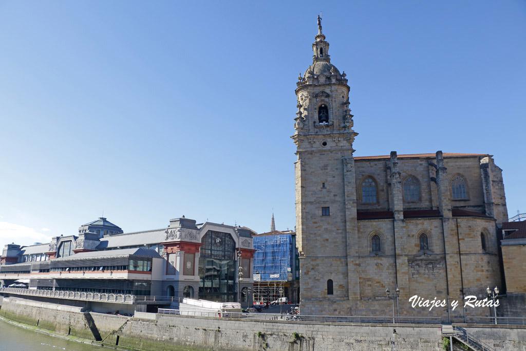 Iglesia de San Antón y Mercado de la Ribera