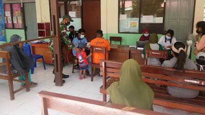 Satgas 131/Brs  Bersama Instansi Terkait Gelar Serbuan Vaksinasi Covid 19 di Papua