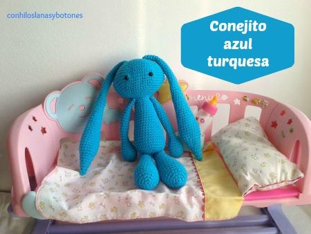 conhiloslanasybotones: conejito amigurumi azul turquesa