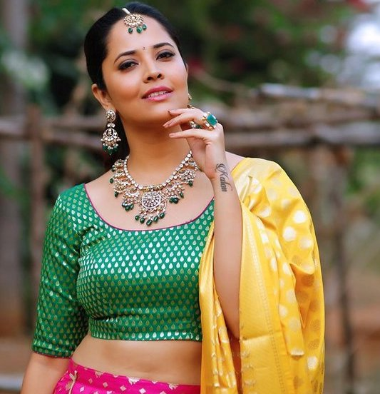 Anasuya hot images - Latest Navel Show
